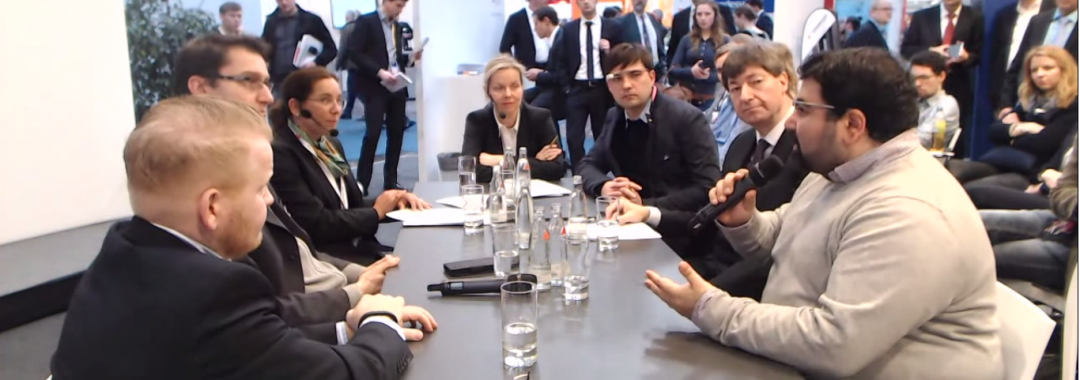Discussion at the CeBIT 2015 about Smart Glasses and Wearables in general.